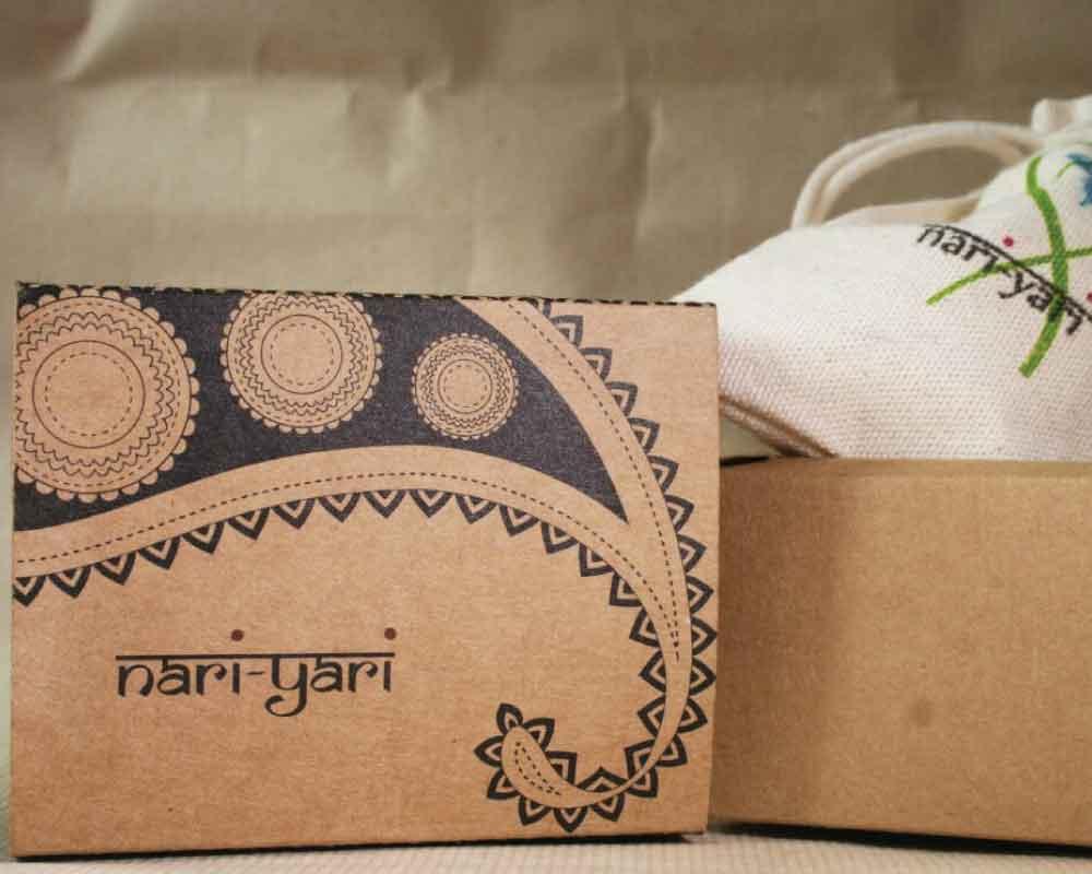 Creative folding carton box -kreatica design